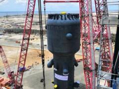 中国化学工程成功吊装全球最重炼油设备再生器